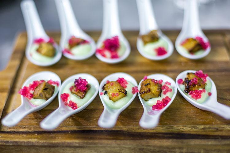 The italian villa 39 s all inclusive wedding food drink for Wedding canape menu